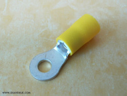 4mm insulated ring terminal