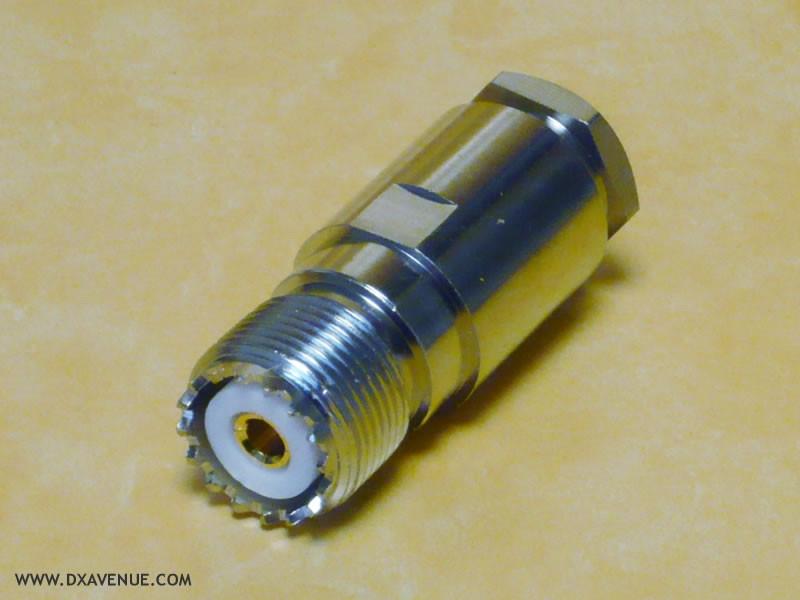 Connecteur UHF femelle Presse-étoupe (PL-259)