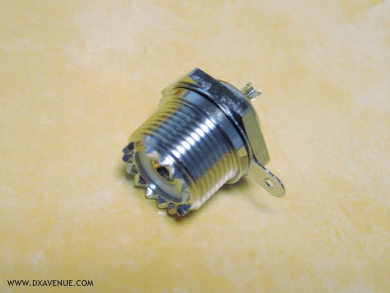 Embase SO-239 (UHF femelle) 1 trou