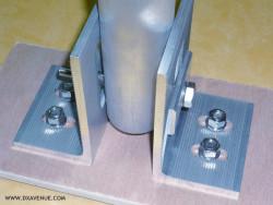 Embase ouverte pour antenne verticale ou mât